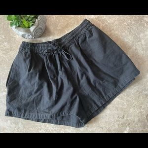 3/$30 Cotton On black shorts with pockets size 4